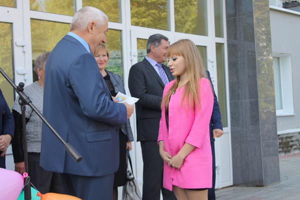 Руководители Облпотребсоюза поздравили студентов НЭТК с Днем Знаний