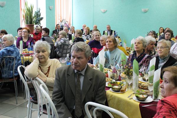 31 октября в кафе Центра кадровой подготовки прошла торжественная встреча ветеранов потребкооперации
