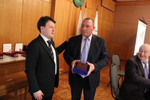 Отчетно-выборное собрание награждение Кривенкова