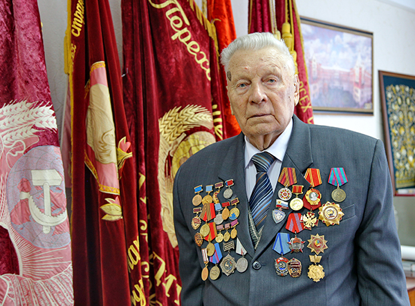 Председатель Совета Городецкого райпо Иван Ериков отмечает 90-летний юбилей