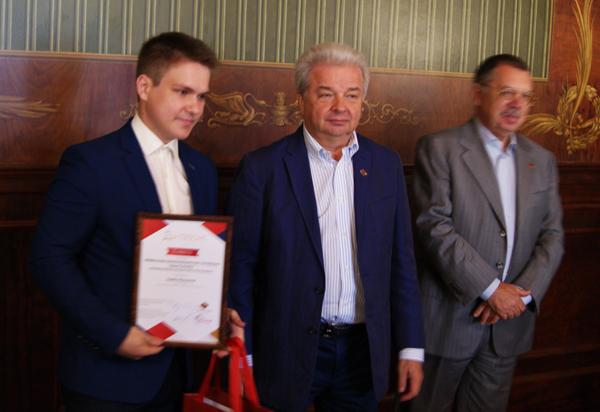 Студент НЭТК Семен Максимов занял второе место во Всероссийском конкурсе «Есть что сказать»